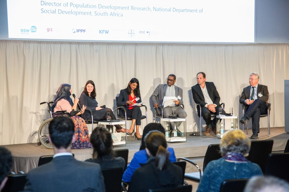 Panellists discuss digital potential and risks for SRHR